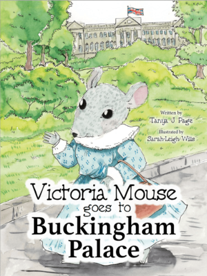 Victoria Mouse Goes to Buckingham Palace